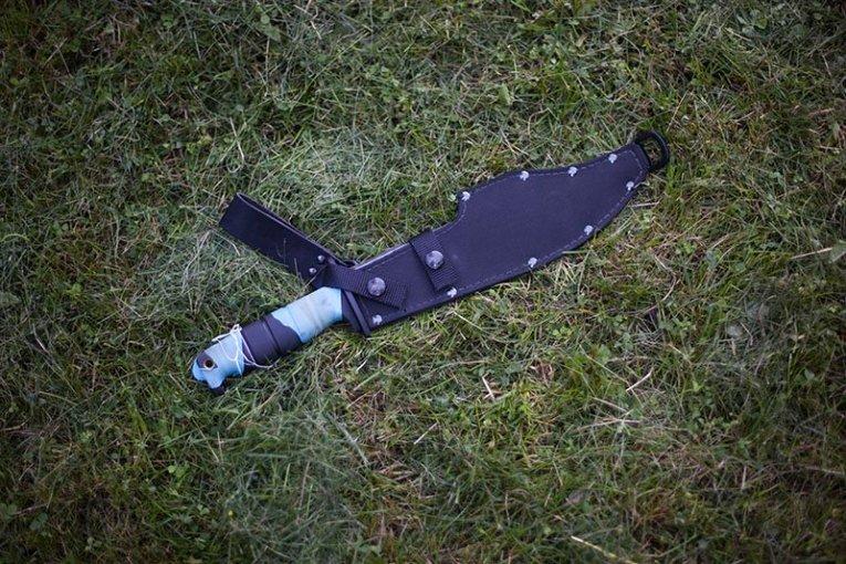 3 Test couteau de combat Ontario Marine Raider