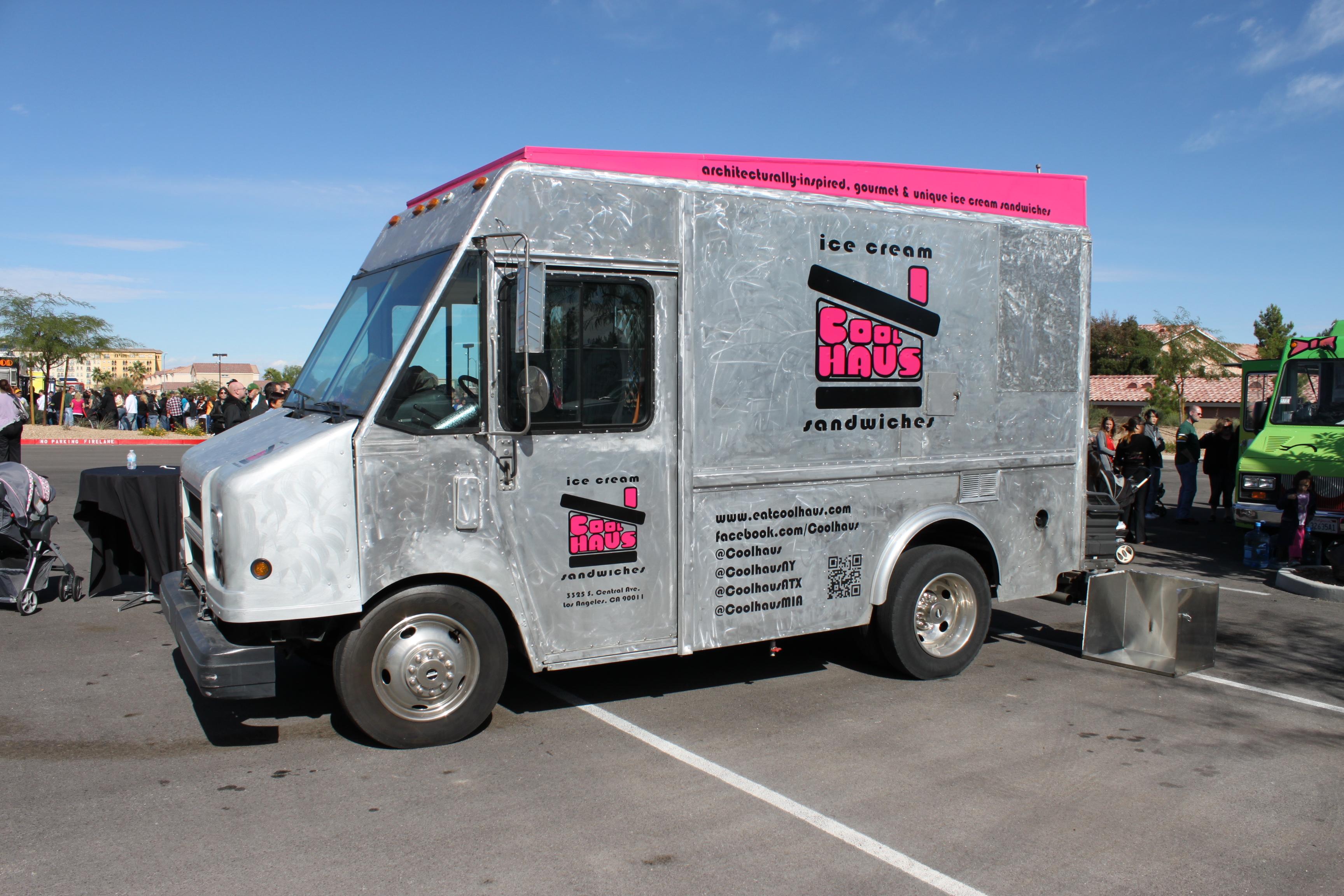 south point gourmet food truck fest las vegas 360. Black Bedroom Furniture Sets. Home Design Ideas