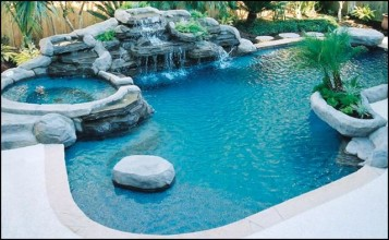 Sustainable Swimming Pool