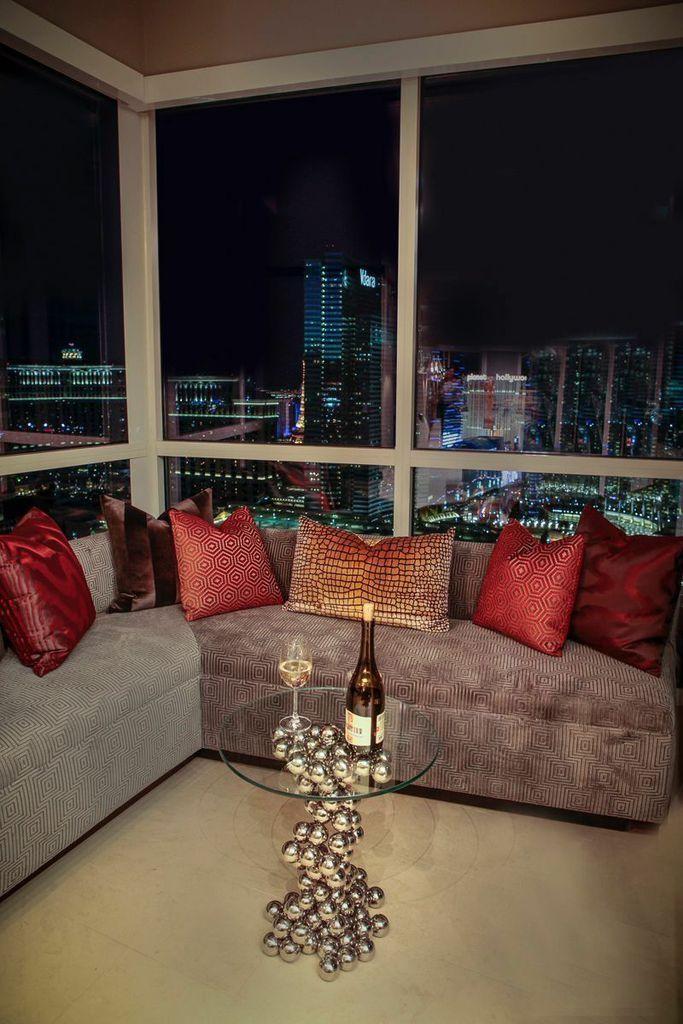 interior design Vegas skyline