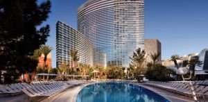 vegas-aria-pool-1-940x460