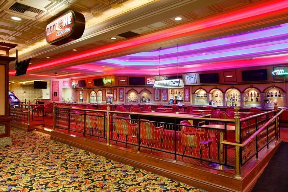 Gold Coast Las Vegas Red Zone Sports Bar