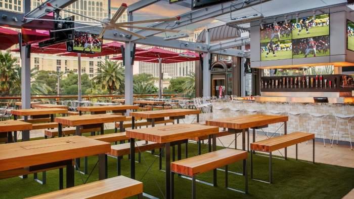 Paris Las Vegas Beer Park