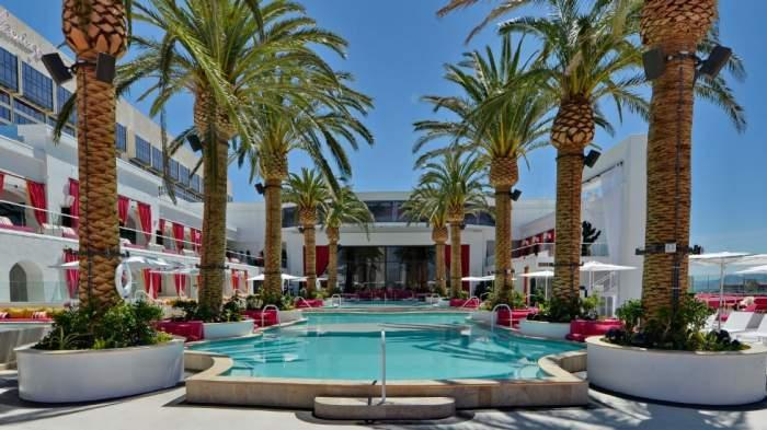 The Cromwell Las Vegas Beachclub Pool