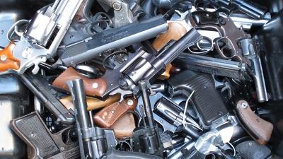 Pile-of-guns-jpg_20161108102401-159532