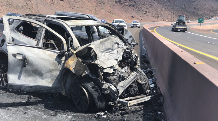 NHP identifies 2 people killed in crash on I-11