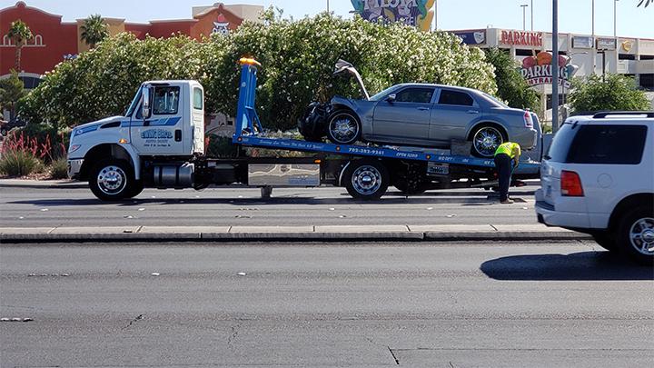Car_hit_ccsd_bus_700_1557769791376.jpg