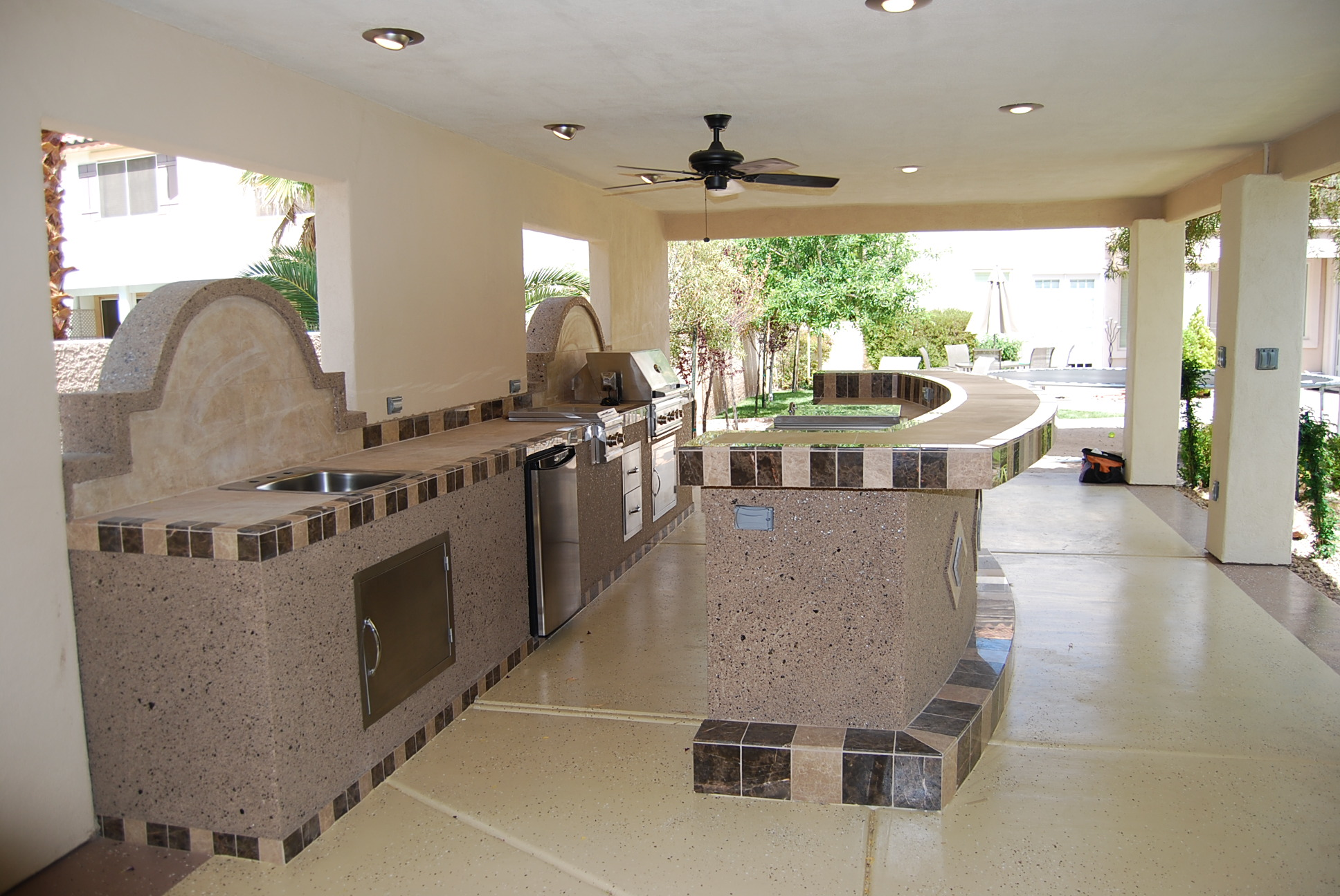 Outdoor kitchens las vegas outdoor kitchen for Kitchen design las vegas