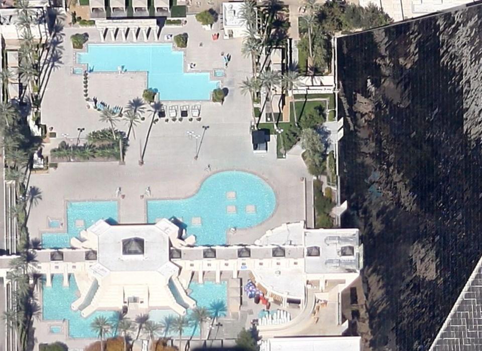 luxor hotel las vegas piscine
