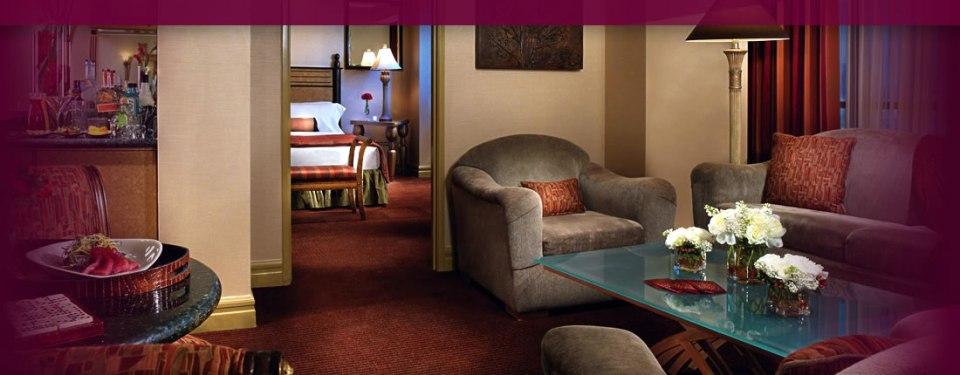 luxor tower luxury suite