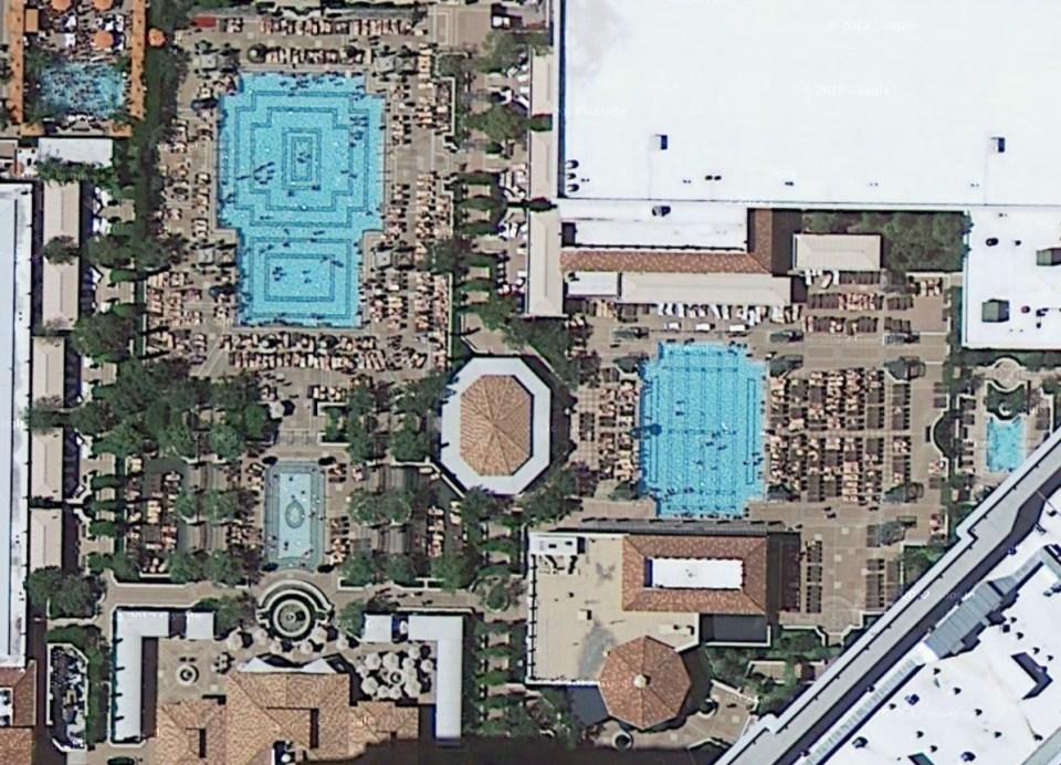 venetian piscine 1