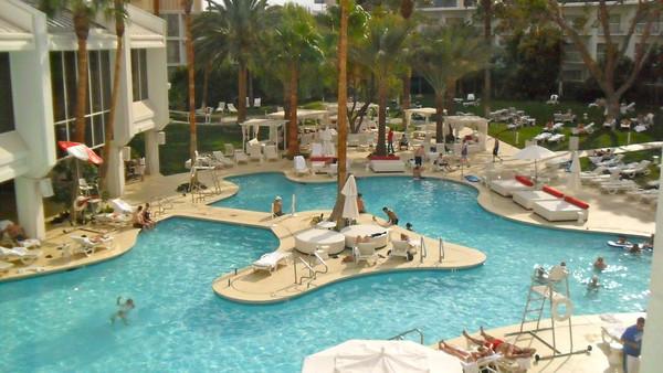tropicana piscine
