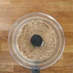 Début de la préparation du beurre d'amandes, venez voir le processus sur mon blog.