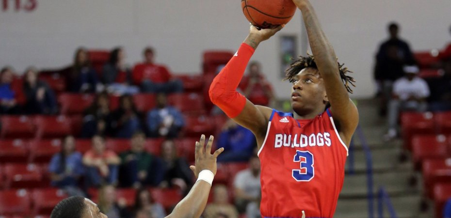 Dunkin' Dawgs host UAB on CBS Sports Network