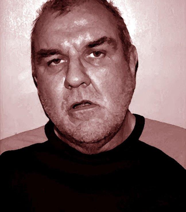 Il volto inquietante dell'assassino seriale Anthony Hardy