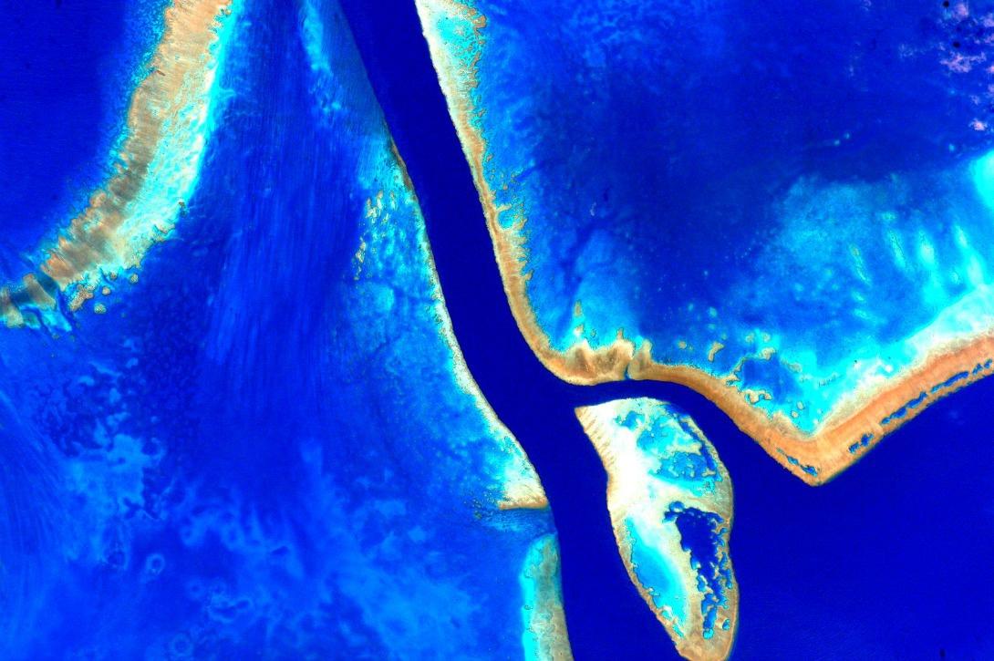Un survol du continent océanien, le 13 octobre 2015