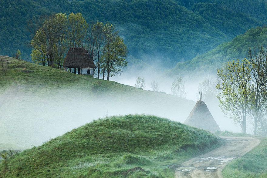 maison-Montagnes Apuseni, Roumanie