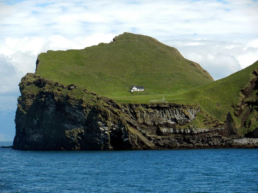 maison isolée l'île Elliðaey, Islande