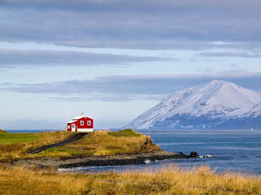 maison rouge, Islande
