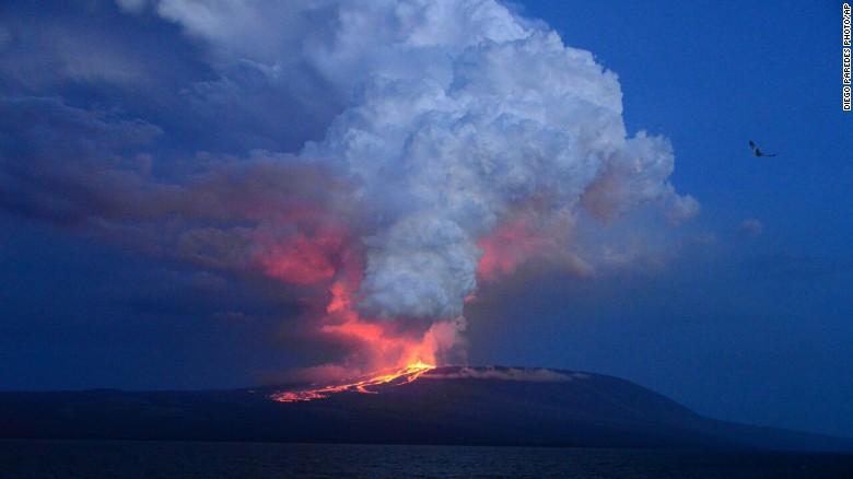 galapagos-volcano