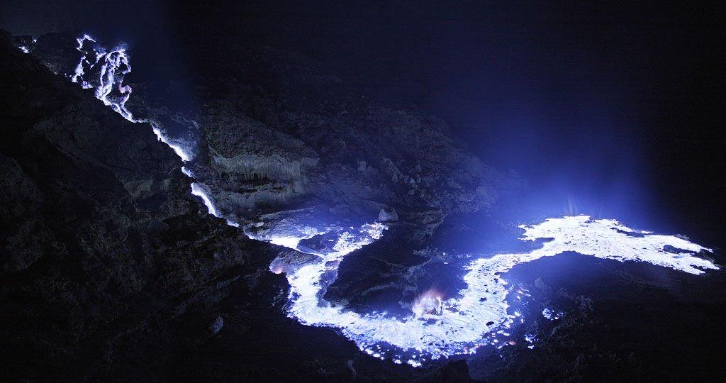 La nature incroyable Volcan-Kawah-Ijen-1