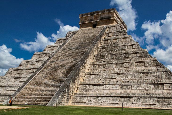 pyramide-asteque