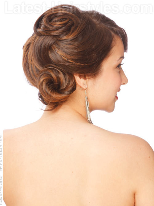 13 Super Hot Prom Updos For Long Hair