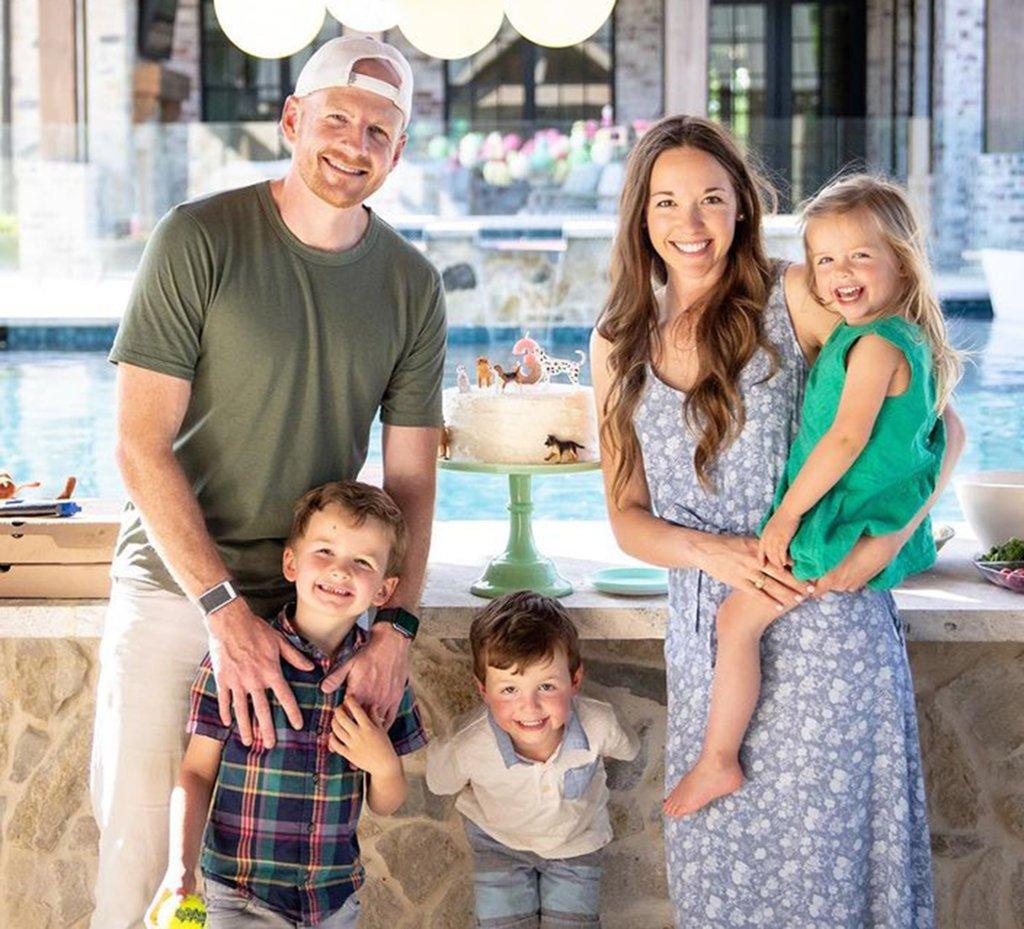 garrett hilbert family