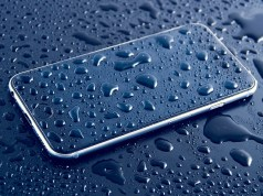 How to fix water damaged phone