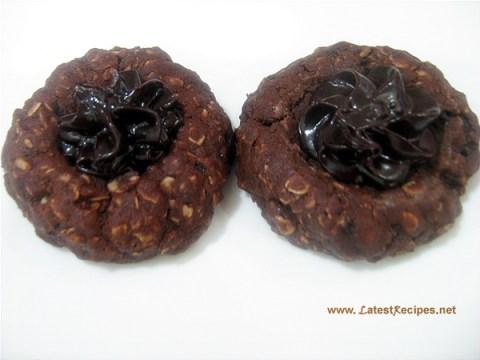chocolate_oatmeal_thumbprint_cookies_1