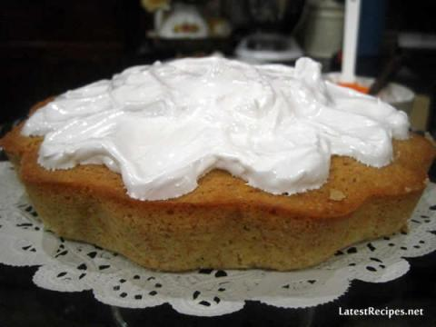 simple_coconut_cake_7_minute_frosting