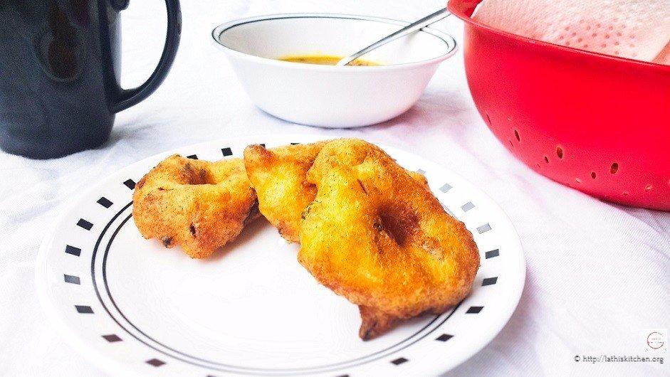 Medu vada,Urad dal vada,Snack,Tea time snack,gluten free,Indian,Indian snack