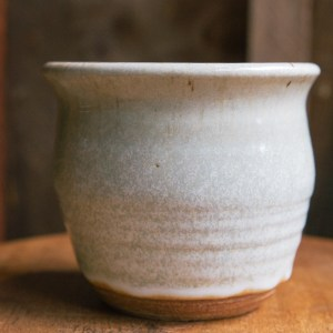 Medium Snow Pot