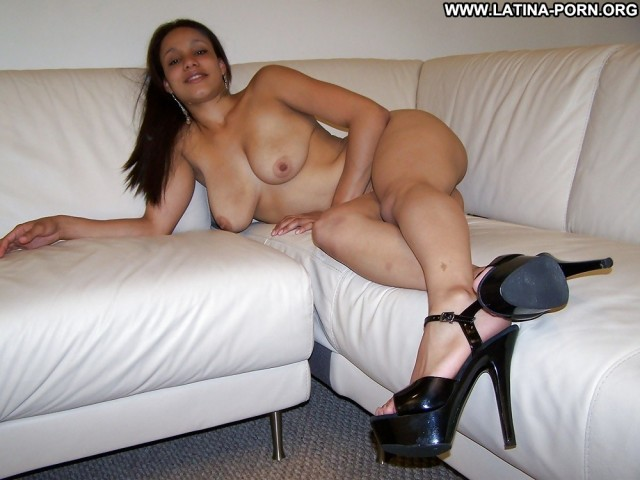Xanthia Private Pictures Milf Hot Latina Amateur Homemade Showing Ass