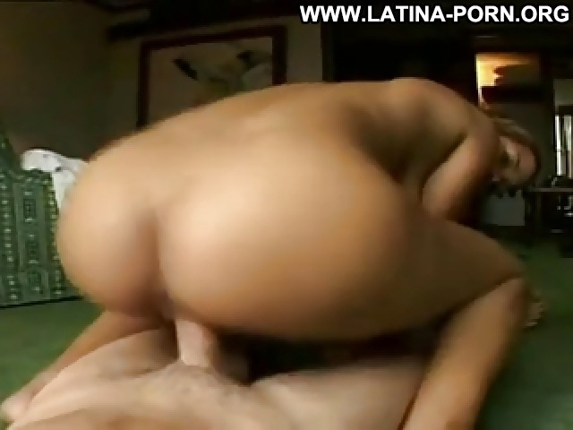 Luciana Video Latina Amateur Movie Hot Facial Bed Close Up Pov Ass