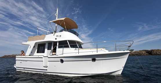 barca-latina-mare-54675376522