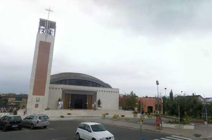 chiesa-santa-domitilla-latina-4744576541