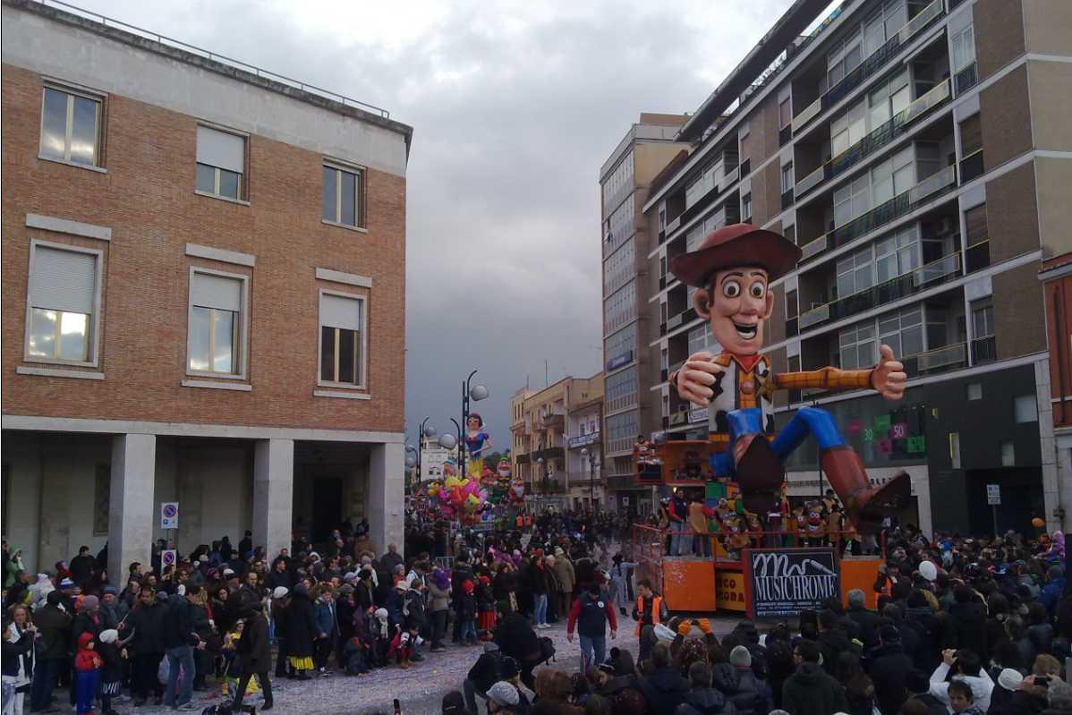 carnevale-latina-2011-68749456