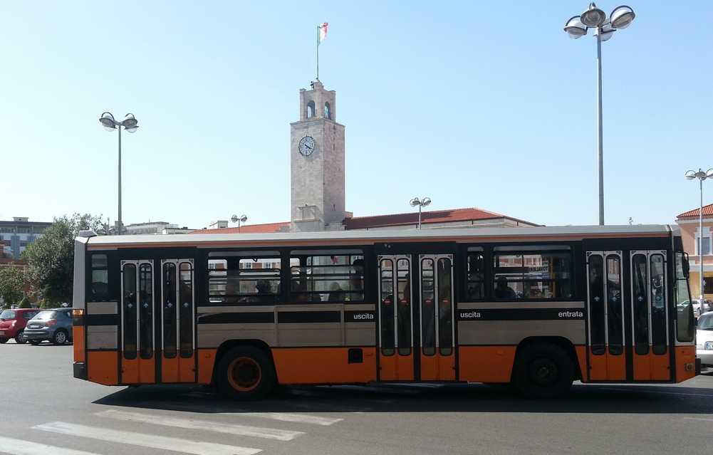 autobus-piazza-popolo-latina-987244