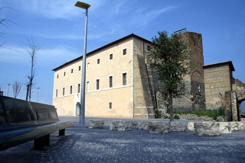 Palazzo_Caetani