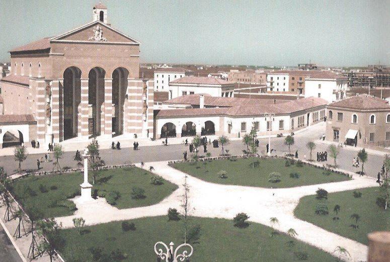 latina-littoria-1936-piazza-san-marco-latina24ore-578