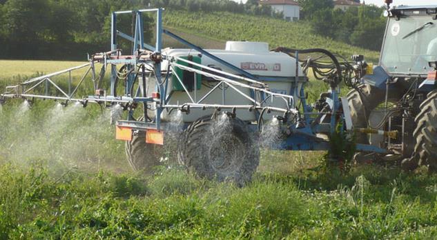 fertilizzante-campi-agricoltura-7567822