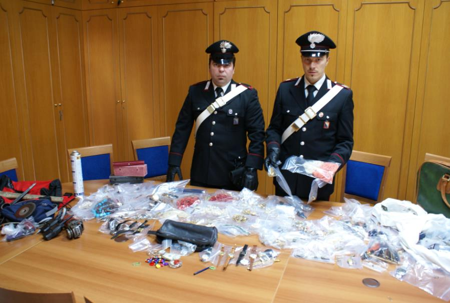 furto-ville-latina-carabinieri