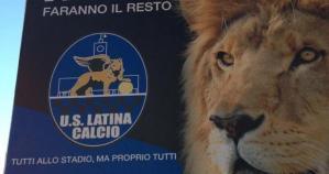 latina-calcio-manifesti-abusivi