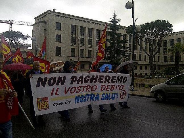 manifestazione-infermieri-latina-24ore