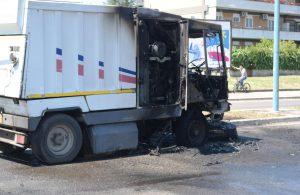 camion-latina-ambiente-bruciato
