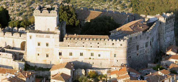 castello-sermoneta-latina