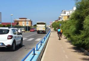 latina-lido-bandiera-blu-mare-pista-ciclabile-biciclette-1