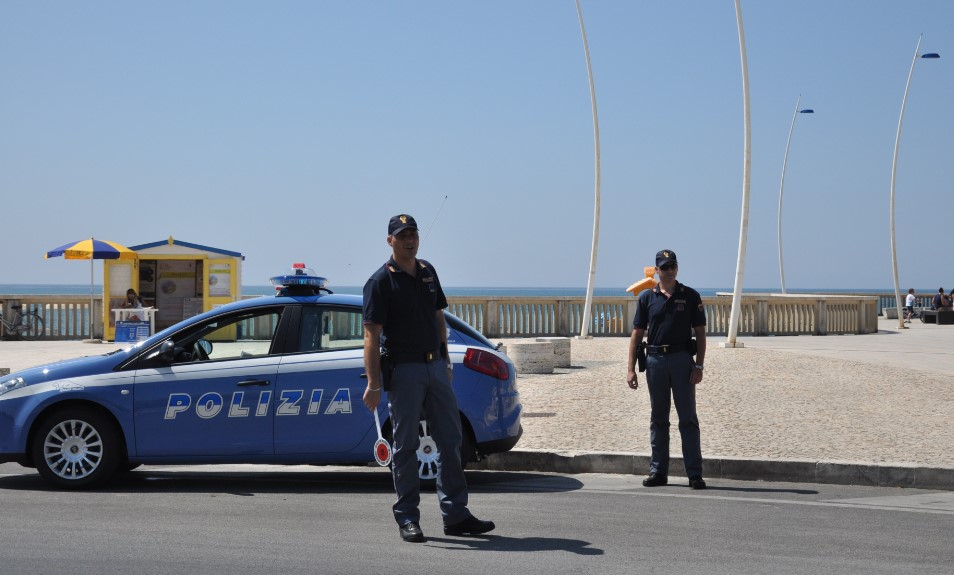 polizia-lido-latina-capoportiere-4682682