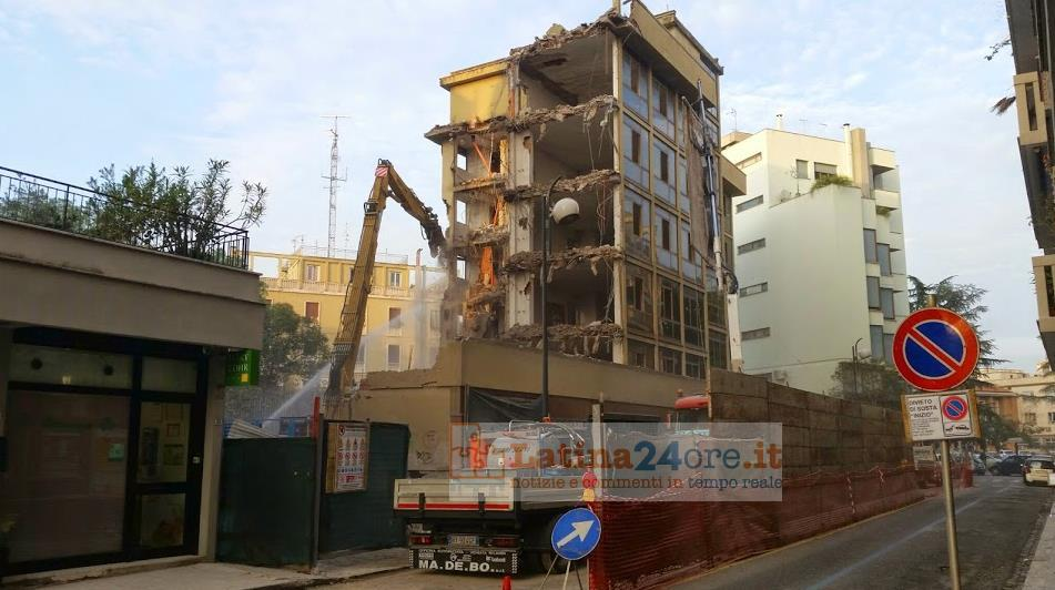 palazzo-vescovo-latina-demolizione